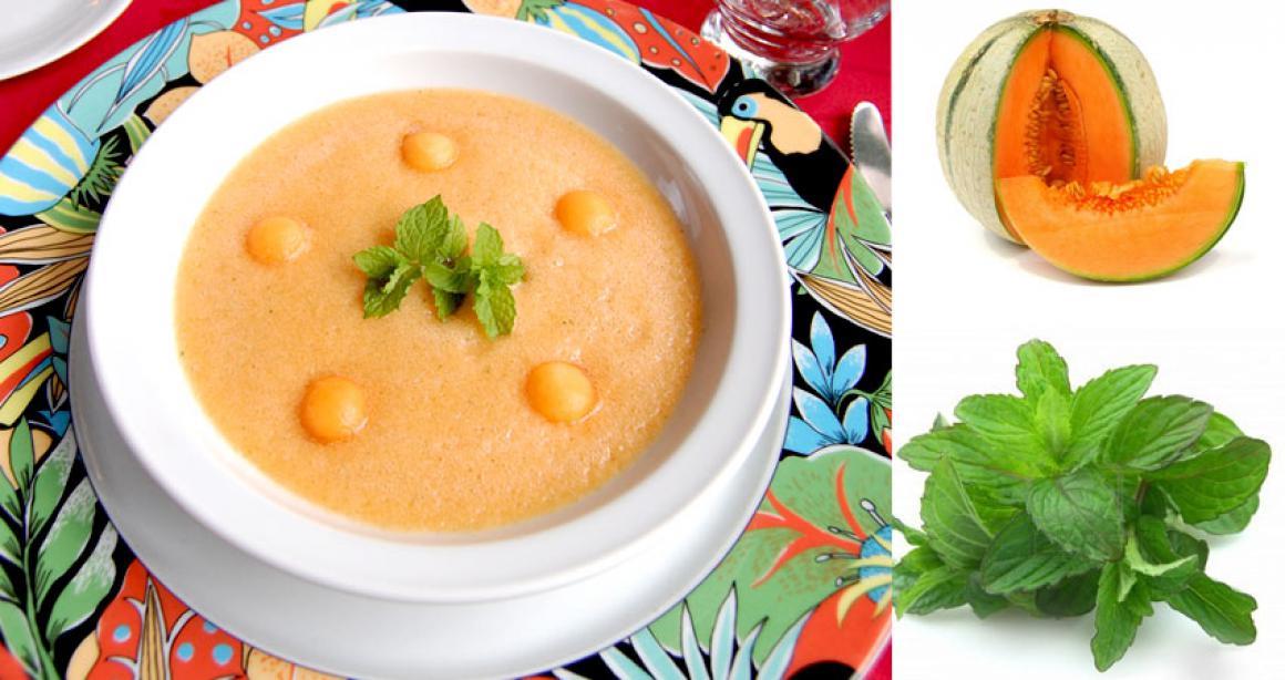 Soupe de melon à la menthe fraîche